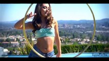 Hula Hoop Girl - Josi Paula