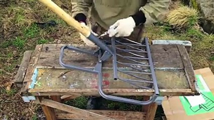 Experienced gardening ripper Mole - a cool tool!