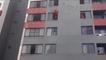 Un pompier sauve une femme suicidaire en la poussant !