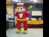 Video Jollibee Dance! Jollibee Dancing! Cutest Mascot Ever! Dancing Bee!
