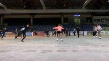 L'équipe de France de patinage artistique à la patinoire Arago