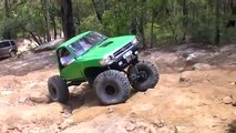 hilux rock crawling at appin. first run in new truck