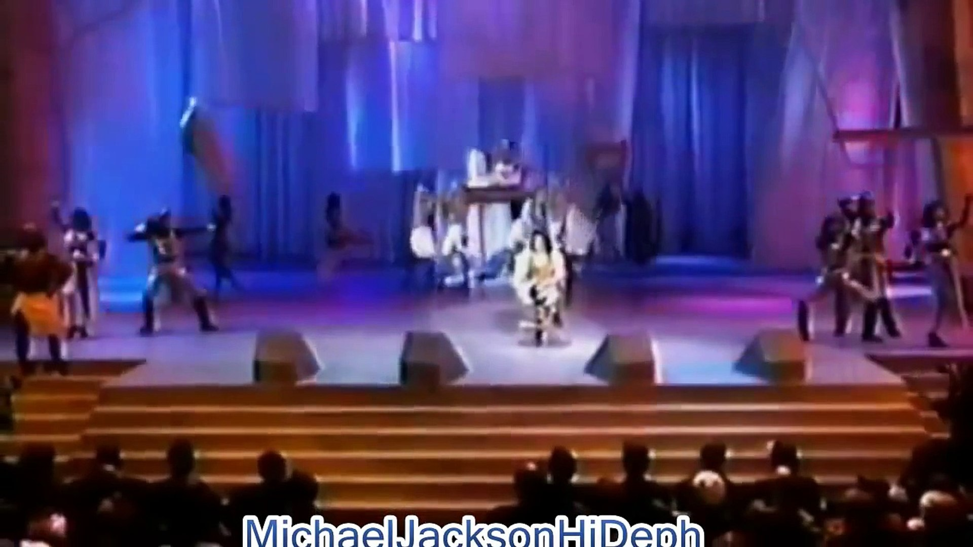 Michael Jackson ''Remember The Time'' Live 1993 Soul Train Awards REMASTERED