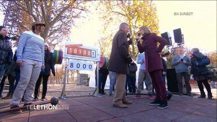 Téléthon 2014 - Nelson Monfort présente l'haltérophilie