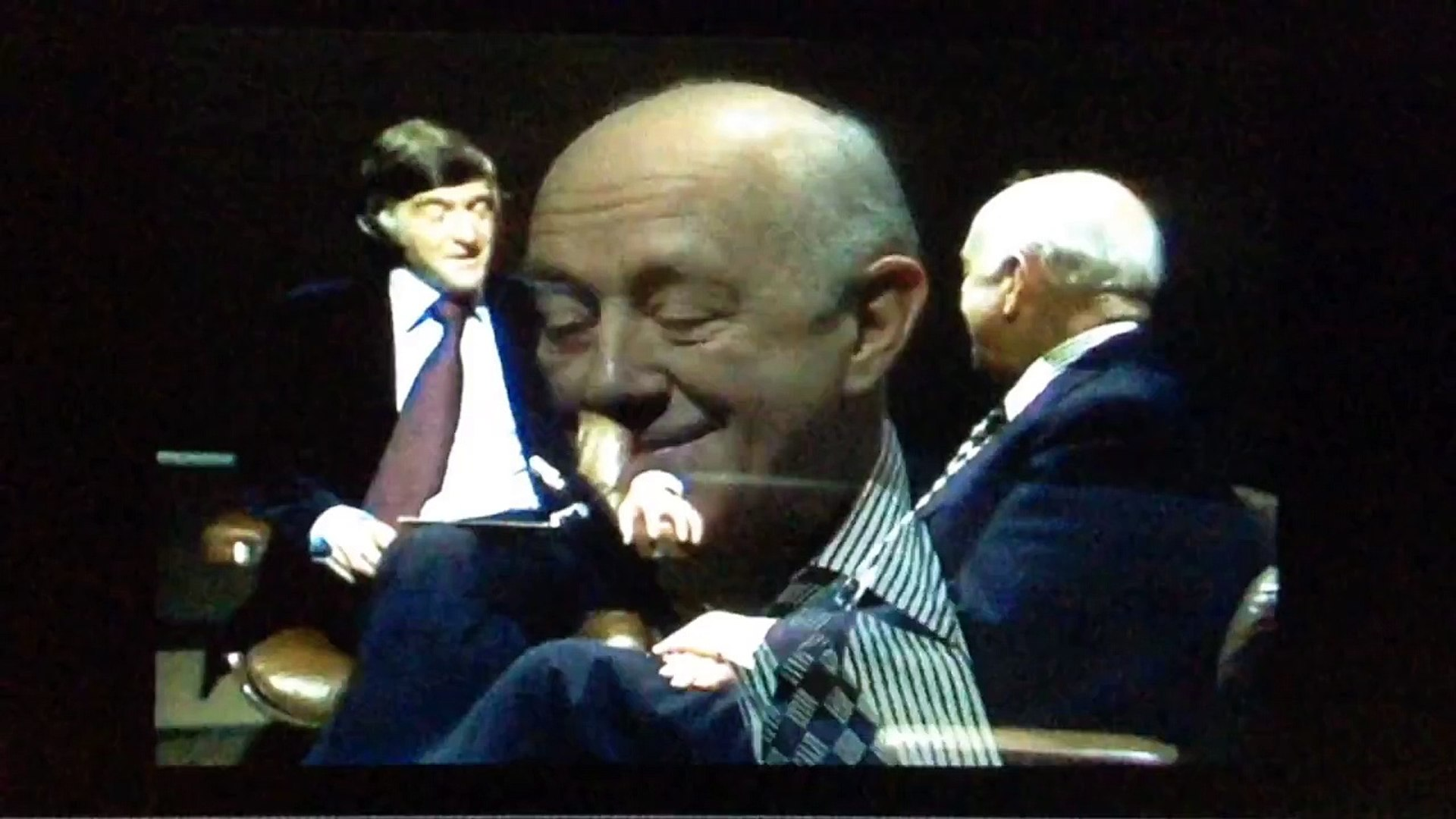 ALEC GUINNESS - 1977 FIRST STAR WARS INTERVIEW - MICHAEL PARKINSON BBC TV