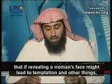 Une femme face au lavage de cerveaux et misogynie des barbus