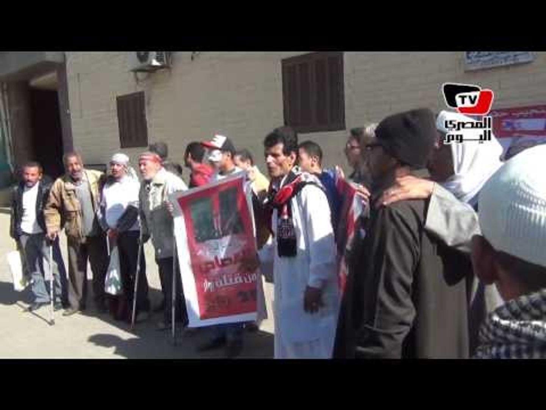 وقفة احتجاجية لمصابى الثورة وأهالي الشهداء في الذكرى الثالثة لـ«جمعة الغضب»