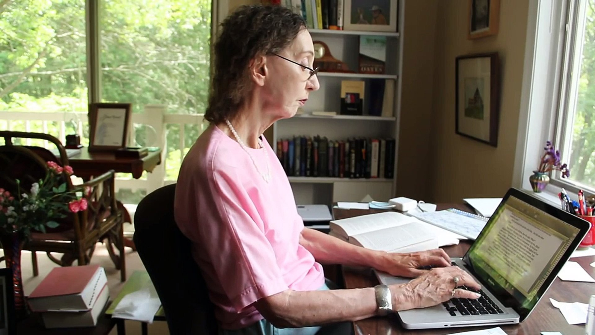 Writer Joyce Carol Oates at home - Profiles - The New Yorker - video  Dailymotion