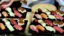 Gordon Ramsay Struggles to Make Sushi - Gordon Ramsay