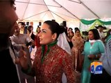 Meera Fighting with The Staff of Pakistani Embassy in Washington For Not Giving Her Respect