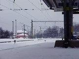 elektrická jednotka 471 přijíždí do železniční stanice Havířov