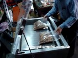 Máy hút chân không hạt điều/ máy đóng gói hút chân không xúc xích, thịt cá