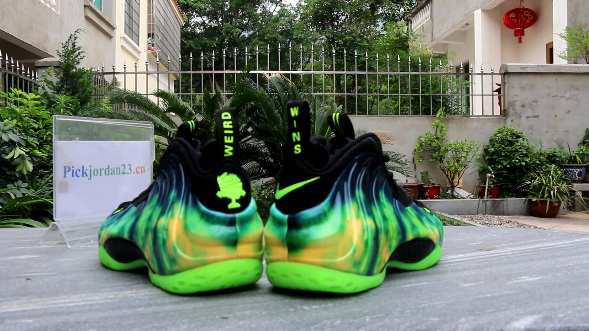 Air Foamposite One Cracked Lava Alumni of NY