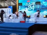 """Chinese Men Compete in """"Frozen for 24 Hours"""" Contest"""