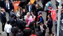 Agrıda AKP Mitinginde Başörtülü Kadın Darp Edildi