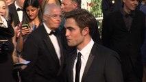 Robert Pattinson: Verlobungsring für FKA Twigs kostet 150.000 USD