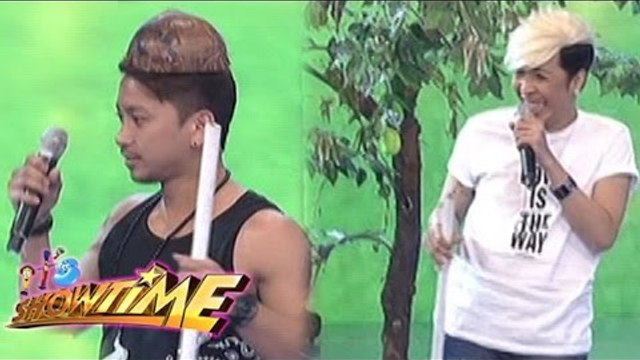 Vhong, Jhong and Vice make fun with their feather duster and bunot