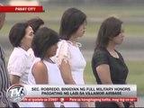 Full military honors given to Robredo