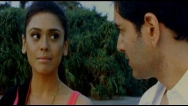 Hot Actress Kritika Kamra Huge Bosoms Shape Flashing Watch