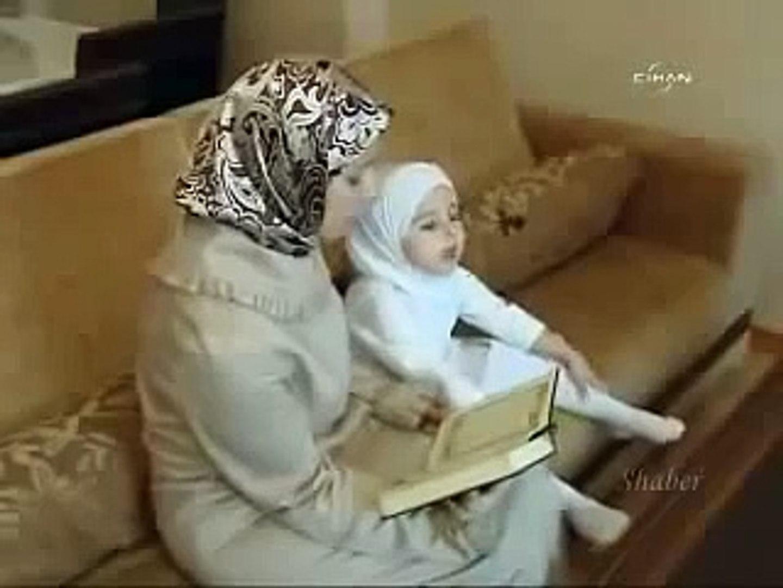 Kuran Okuyan 3 Yaşındaki Hafiz Küçük Kız!