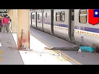 Cámara de seguridad capta el momento en que un hombre se suicida lanzándose a un tren