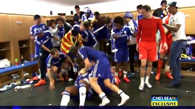 Chelsea  Champions Premie League 2014-2015 (Màn ăn mừng bá đạo trong phòng thay đồ của chelsea)