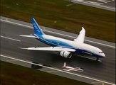 Boeing 787 First Flight landing video at Boeing Field