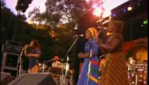 Bob Marley & The Wailers - Africa Unite + One Drop (Live)