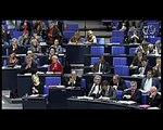 Oskar Lafontaine, DIE LINKE: Verschleuderung von Milliarden