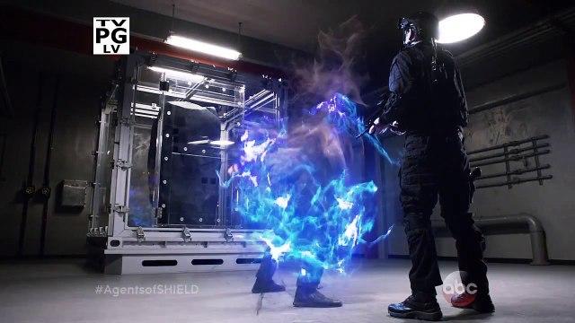 Daredevil Tunes! MCU Casting! S.H.I.E.L.D. Finale! - Marvel Minute 2015
