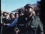 Fidel Castro boit du Coca-Cola / Fidel Castro drinks Coca-Cola