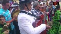 Música con Violín y Guitarras en la Romería del Rocío Andalucía (España) El Rocío 2013
