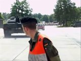 VW Tiguan vs Leopard 2 A6, Leopard 2 destroyed  VW Tiguan