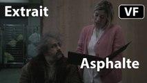 "Asphalte - Extrait ""Comment il s'appelle déjà"" [VF HD] (Isabelle Huppert, Gustave Kervern, Valeria Bruni Tedeschi) [CANNES 2015]"