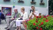 "Clarinet choir flashmob - ""flashmob 72"" (World Peace Day - September 1, 2011 - Hallstatt/Austria)"