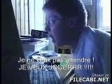 German Kid angry with his computer - Allemand fou envers son ordinateur - Avec sous-titres en FR
