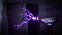 Mortal Kombat Theme on Musical Tesla Coil (Bobina de Tesla)