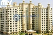 Fully furnished 1 bedroom at Palm Jumeirah with full sea view - mlsae.com