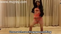 Dhoom 3 Kamli Song indian Dance Girl - Private Party Mujray