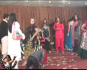 khusray Private Party Mujray Birthday Dance 3