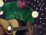 Hoobastank Crawling in the Dark live acoustic session
