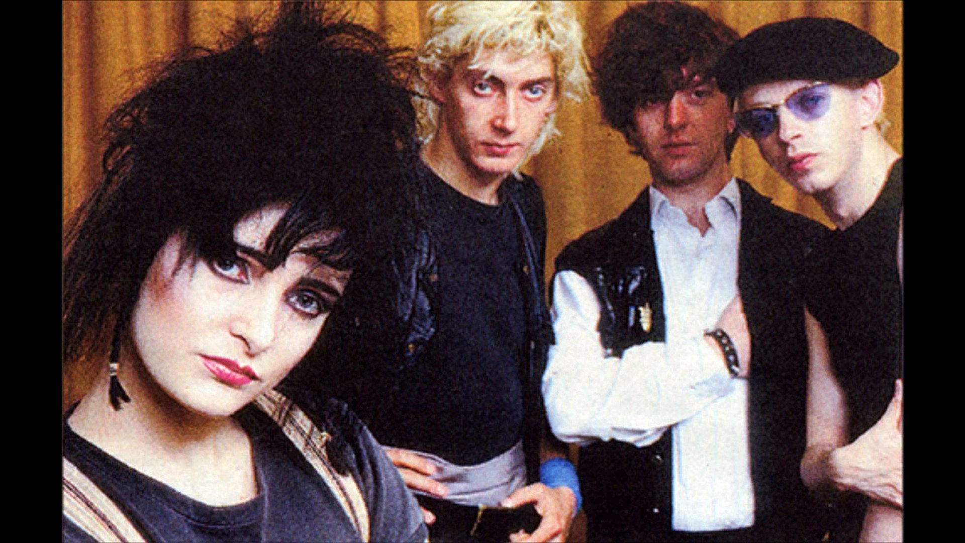 Siouxsie The Banshees Red Over White California Hall 1980