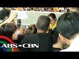 Mga pasahero, naglabas ng galit sa Cebu Pacific