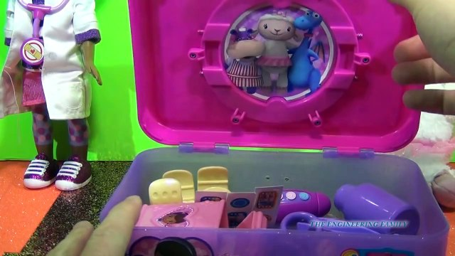 DOC MCSTUFFINS Disney Junior Doc's Travel Doctor Kit Playset Disney Doc McStuffins Toy