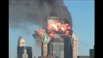Attentats 11 septembre 2001 WTC 9/11 - Second impact (Park F. = NIST Release10/WTCI-329-I-#23)