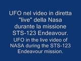 UFO in diretta nella missione Endeavour NASA (UFO live on NASA Mission Endeavour)