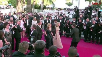 Mélanie Laurent, Charlotte Lebon, Pierre Niney: montée des marches - Festival de Cannes 2015