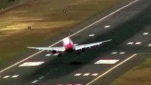 L'effrayant atterrissage d'un avion sur l'île de Madère (Portugal)