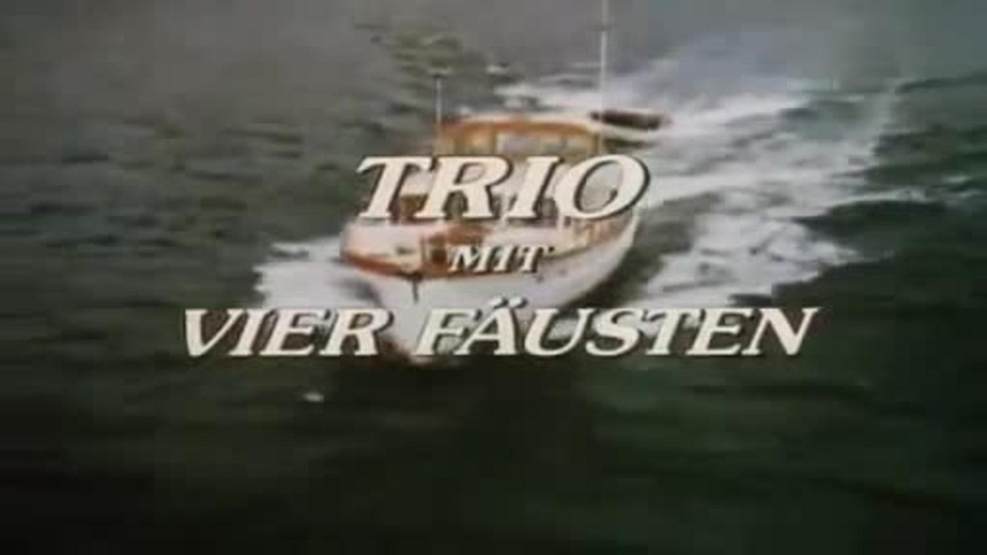 ein trio mit 4 fäusten