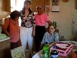Cumpleanos de Abuelita - Cien Anos